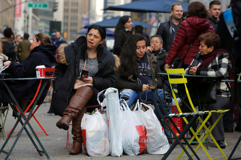 © Reuters.  U.S. Inflation Rises Less Than Expected in September