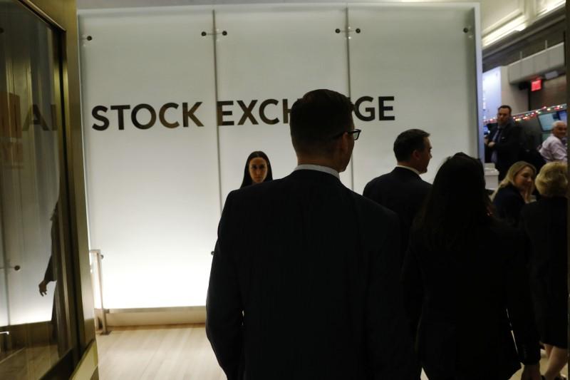 © Reuters.  ACÇÕES PORTUGAL-PSI20 contraria quedas Europa, Wall Street pressiona