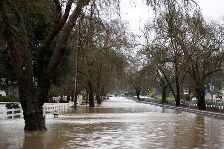 Grande Bazar é inundado em Istambul, assolado por fortes chuvas