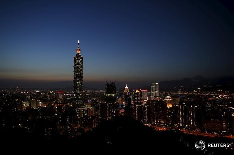 © Reuters.  Taiwan stocks lower at close of trade; Taiwan Weighted down 0.59%