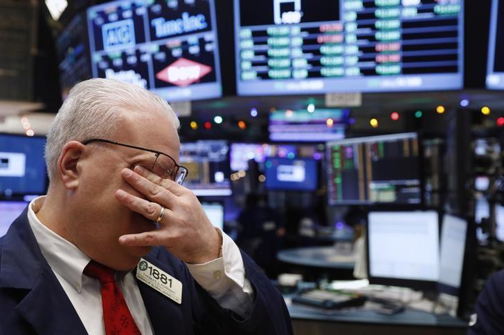© Reuters.  Crash bei Dow, S&P 500 und Nasdaq: Die nächste Abwärtswelle kommt ins Laufen