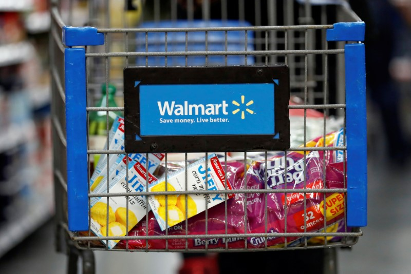 © Reuters.  Retailers test out online food stamp program