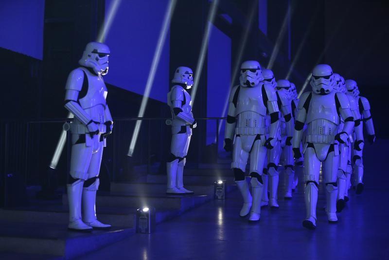 NewsBreak: Disney+ Streaming-Dienst mit Macken wegen hoher Nachfrage V