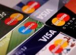 Verbraucherschützer:Kreditkarten-Angebote genau prüfen