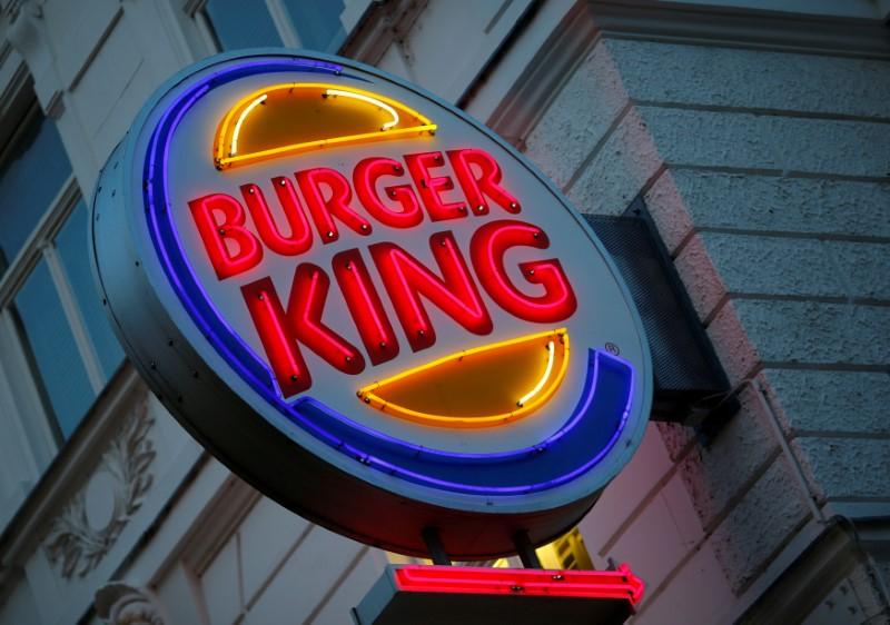 © Reuters.  Роскомнадзор в 2019 году проверит Burger King по всей строгости закона