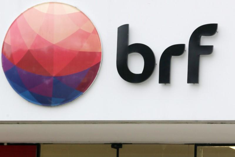 © Reuters.  BRF tem prejuízo de R$784 mi no 4º trimestre