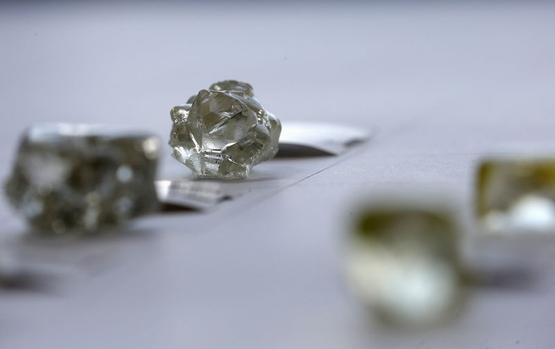 De Beers Will Let Buyers Reject More Diamonds to Fend Off Crisis By Bl
