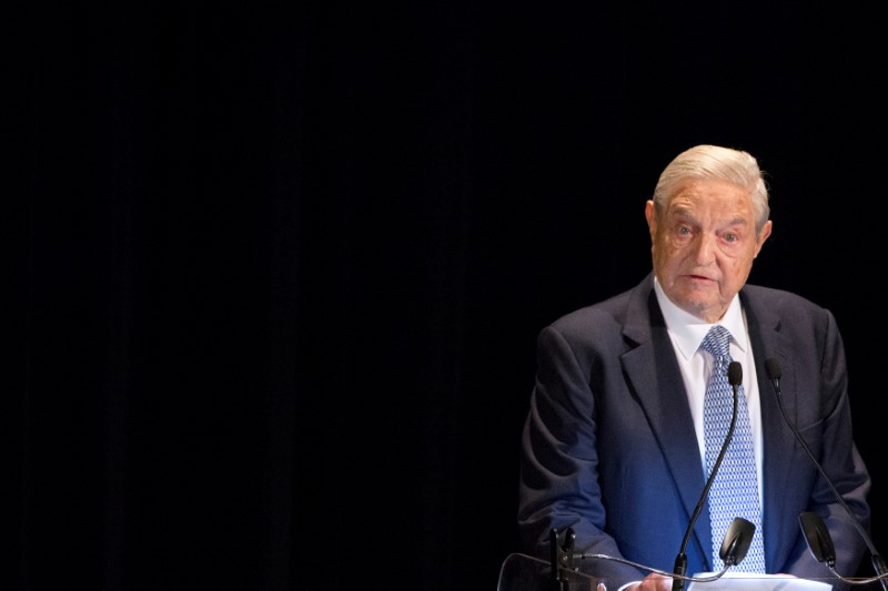 © Reuters.  George Soros to Start $1 Billion School to Fight Nationalists, Climate Change