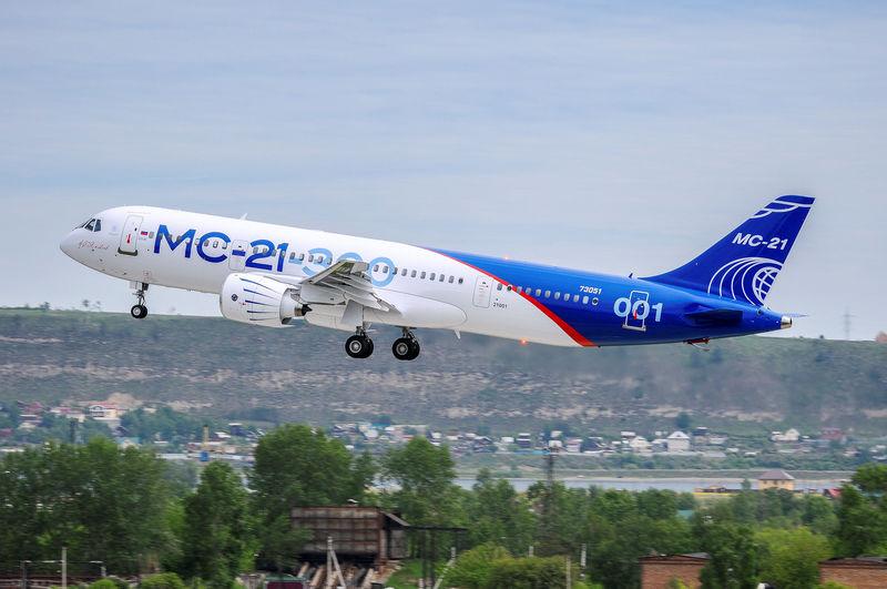 © Reuters.  Прорыв года: Сможет ли новый самолет МС-21 разогнать акции «Иркута»?