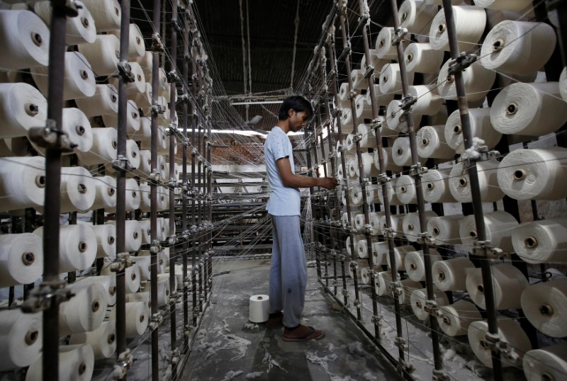 © Reuters.  India's industrial output grows 3.8 pct y/y in Sept- govt