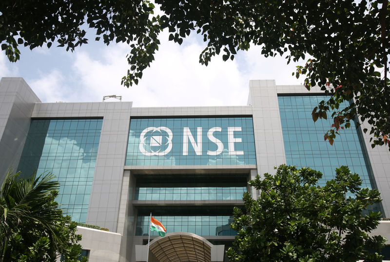 © Reuters.  India stocks higher at close of trade; Nifty 50 up 0.27%