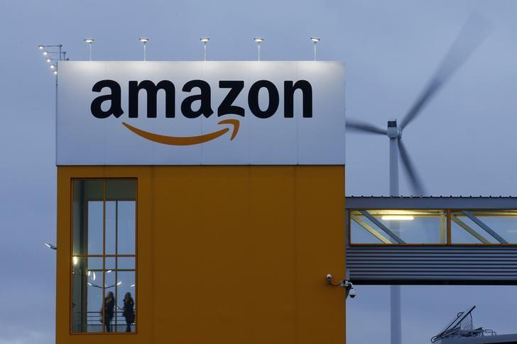 © Reuters. Amazon.com Earnings Miss, Revenue Beats In Q3