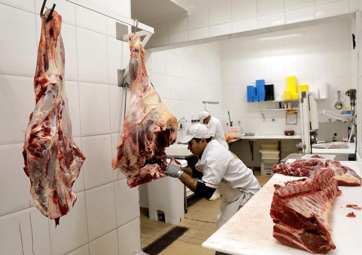© Reuters.  Exportações de carne bovina do Brasil em novembro atingem recorde para o mês