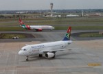 UPDATE 1-S.Africa's Cabinet replaces Zuma ally as head of national airline