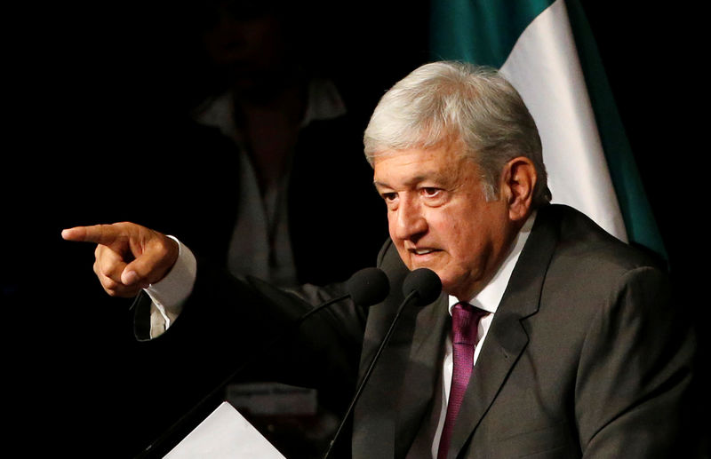 Mexican president pushes hopes for pipeline deal into next week