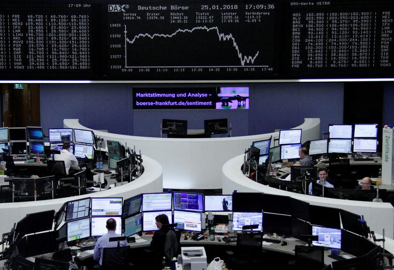 © Reuters.  Allemagne: Les marchés actions finissent en hausse; l'indice DAX gagne 2,43%
