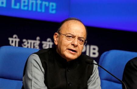 भारतीय वित्त मंत्री जेटली ने मोदी को बताया कि वह बीमार स्वास्थ्य के कारण अलग हटना चाहते हैं