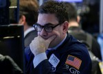 Stocks - Dow Drops Nearly 400 Points as Apple Leads Tech Rout