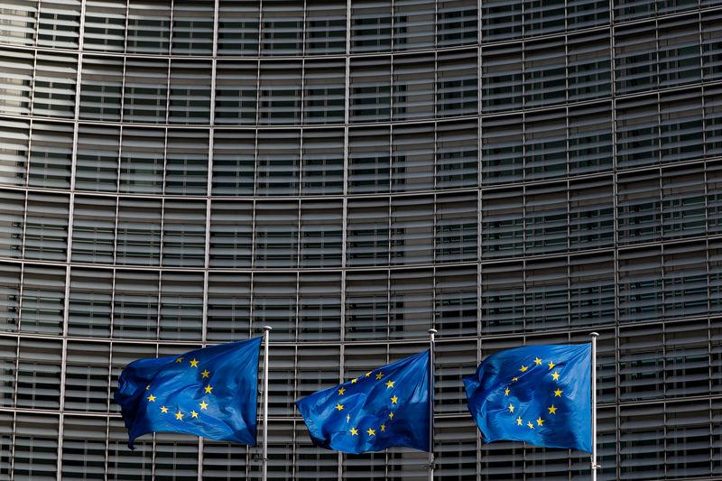 GLOBAL MARKETS-European stocks slip as trade deadline looms By Reuters