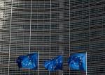 Tech shares, corporate earnings lift European stocks