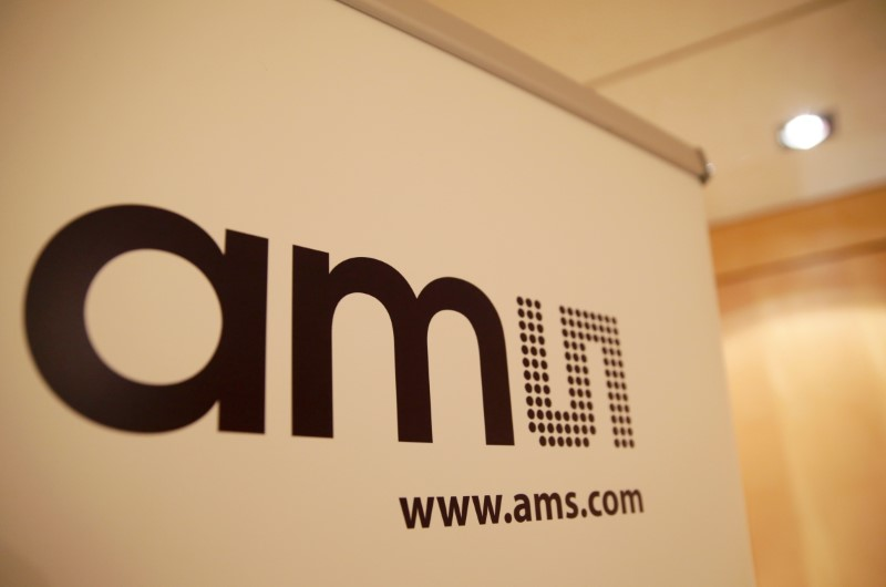 © Reuters. AMS tops fourth-quarter revenue forecast, sees sales slowing even without coronavirus