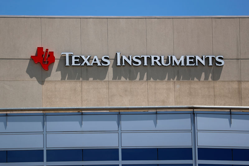 Texas Instruments Falls 9% By Investing.com
