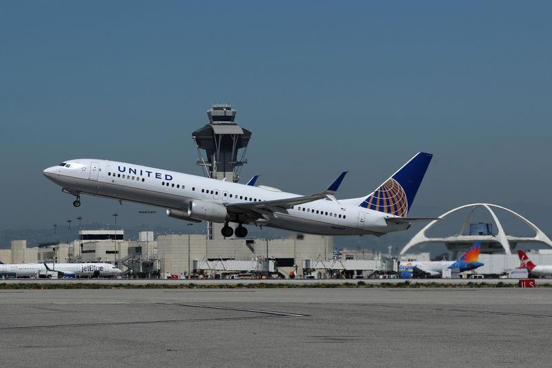 Airline Stocks Shine Premarket Monday; Delta, United, American up 2%-4%