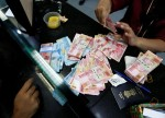Rupiah Turun Pasca Debat Capres AS, Pound Melemah Ada Sinyal Bunga Negatif