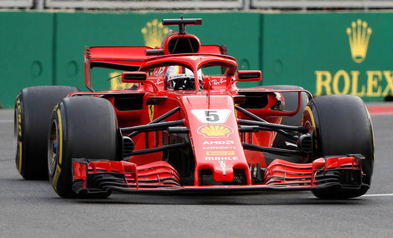 © Reuters.  Ferrari, Jefferies taglia target price e titolo scende sotto quota 100
