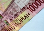 Depois do peso, da lira e do real, é a vez da rúpia indiana; China derruba o iuan