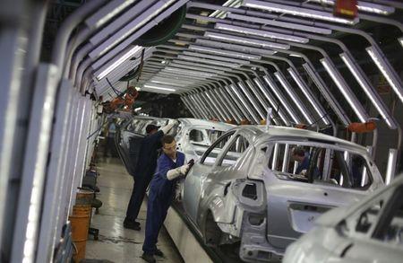 盘前异动:蔚来汽车涨近2%,7月汽车交付量同比增长322%