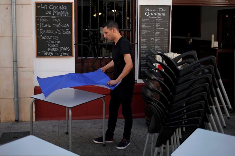 Nach Lockdown fällt Spaniens Arbeitslosigkeit erstmals seit Februar