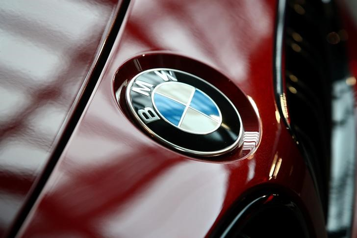 BMW sichert sich zusätzliche Batterien für Elektroautos Von Reuters