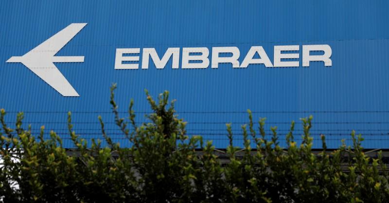 © Reuters.  Apesar de ação do PT, negócio Embraer-Boeing deve ser concluído no início de 2019