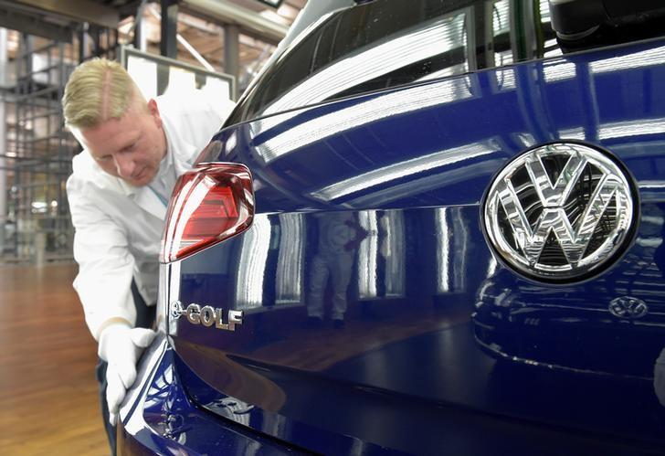 European new car sales down 7.4% in January: ACEA