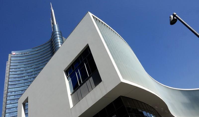 c1275cc8a9 Borsa Milano apre positiva, raccolte le banche, corre Safilo Da Reuters
