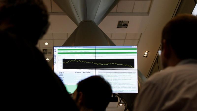 © Reuters.  Saldo de investidor estrangeiro na bolsa cai para R$ 777,2 milhões em dezembro