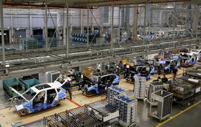 Las ventas de automóviles en China van camino de un 2021 en positivo tras caer un 2% en 2020