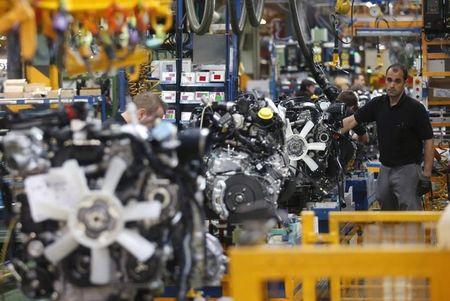 UK Manufacturing Production Falls in November