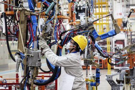 中国3月工业增加值增速创56个月新高 一季度GDP和零售总额均超预期