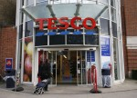 UK Retail Sales Fall by 0.8% in September