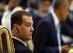 Медведев поддержит регионы с высокими ценами на нефтепродукты