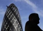 Economia do Reino Unido desacelera com força diante do aumento da inflação