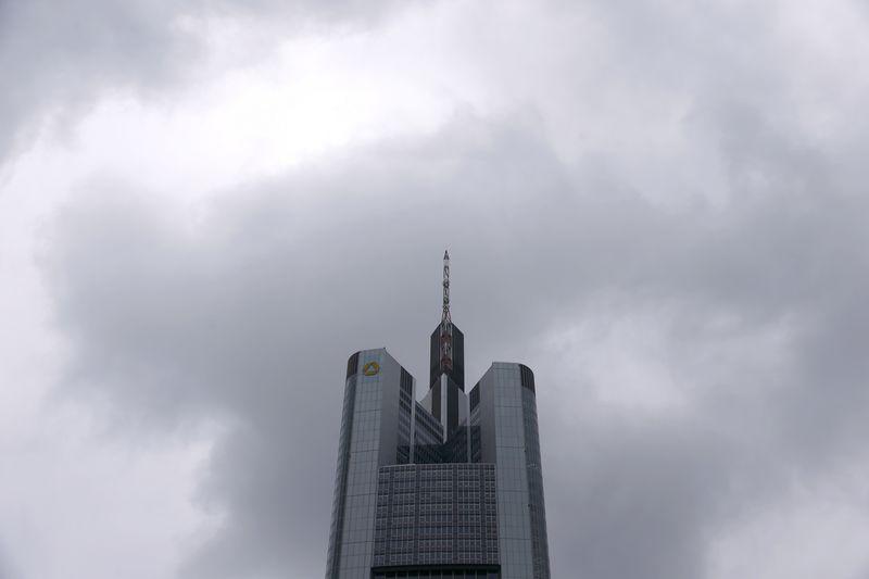 Commerzbank will polnische Tochter bis Ende 2020 verkauft haben Von Re