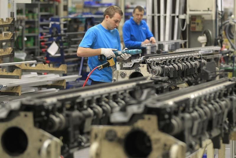U.S. Factory Orders Reflect Steady Manufacturing Sector