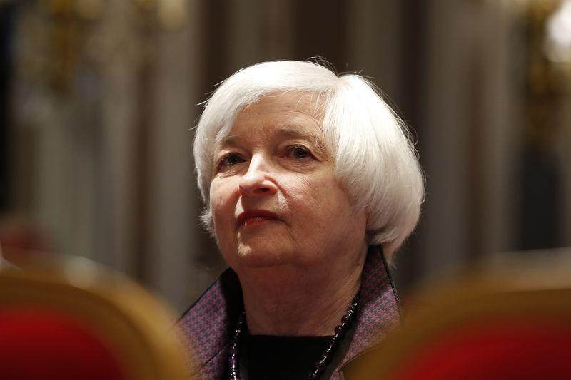 La Fed opta por la prudencia y mantiene los tipos en mínimos históricos