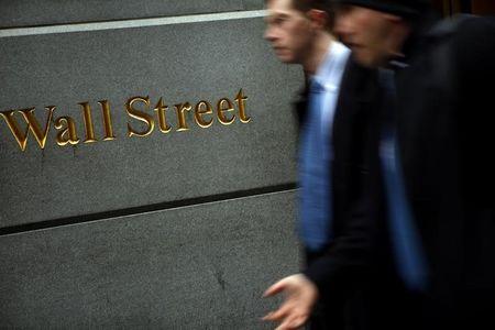 E.U.A. - Ações fecharam o pregão em queda e o Índice Dow Jones Industrial Average recuou 1,19%