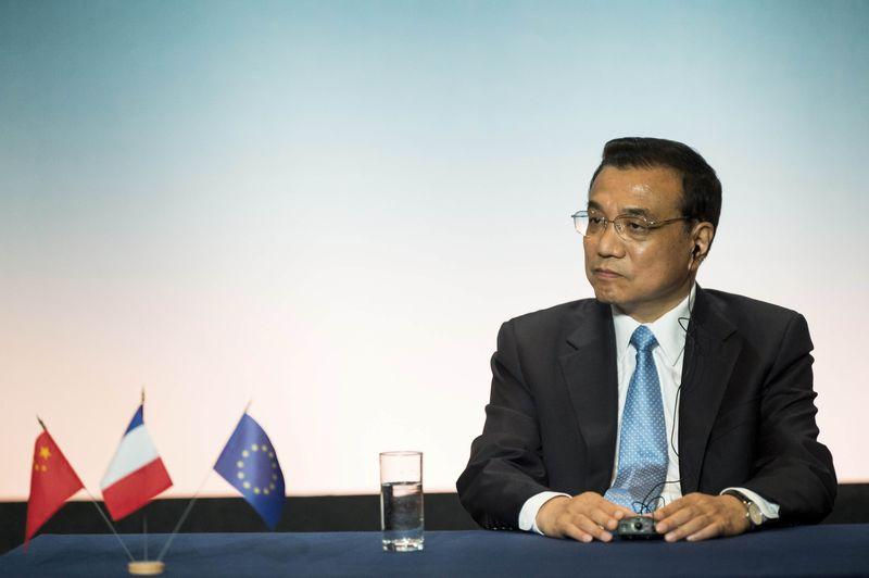 © Reuters.  Premiê da China diz que pode taxas de juros e de compulsório para sustentar economia