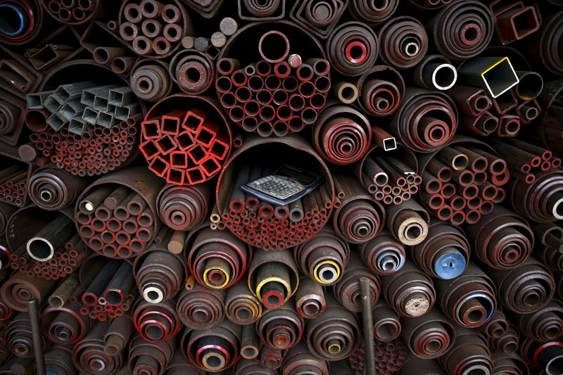 China steel, coke futures slide amid plan for flexible output cuts