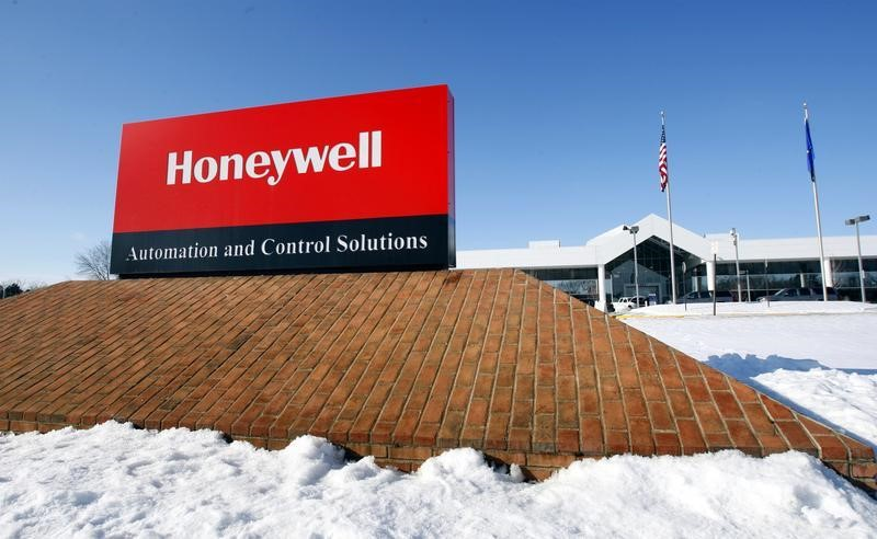Retail Sales, Honeywell, Bank Bigwigs: 3 Things to Watch